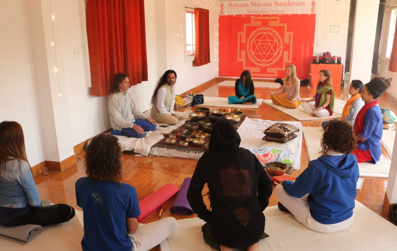 Shiva Girish yoga meditation_Teacher Training_Rishikesh