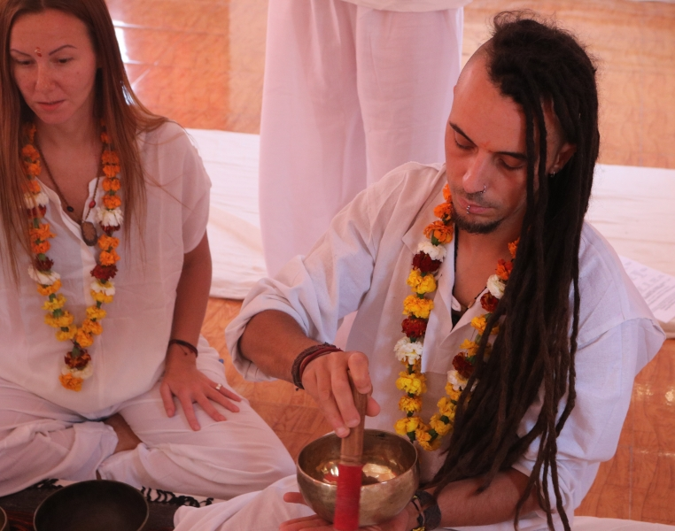 students practice_sound healing session