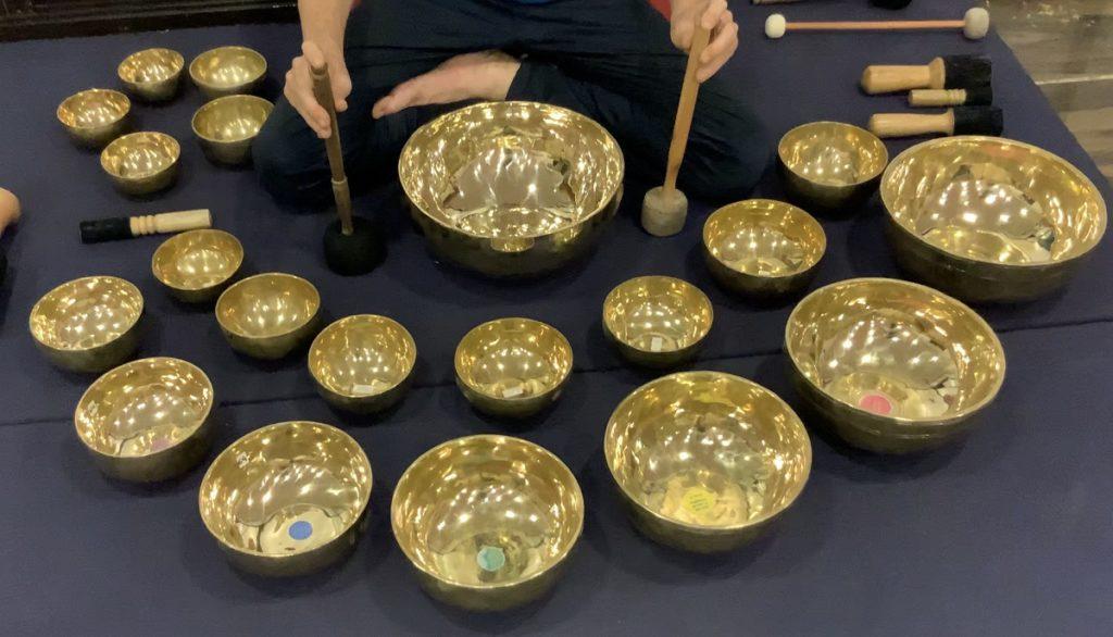 20 Plain Singing Bowls Set - A Exclusively Design Set - For Yoga Meditation Studios - Wellness Health Spa & For Dedicated Group Sound Healers