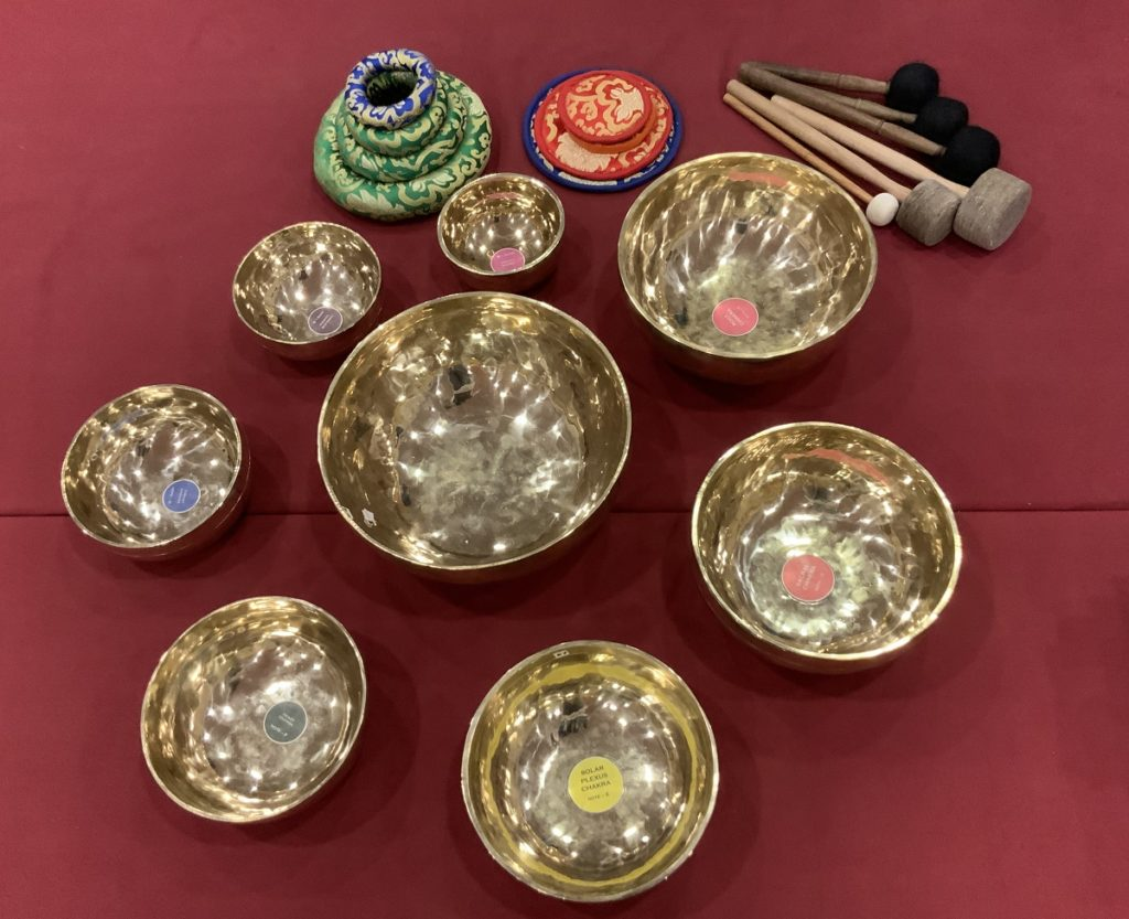 1. 8 Plain Singing bPlain Handmade Seven Chakra Himalayan – Tibetan Singing Bowls Set For Yoga Meditation Studios - Wellness Health Spa
